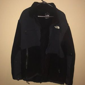 Classic black north face jacket